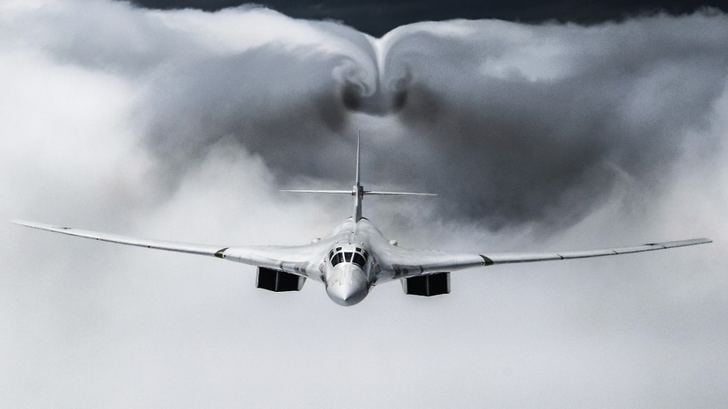 Nhung no luc toi da de san xuat them oanh tac co Tu-160M2-Hinh-2