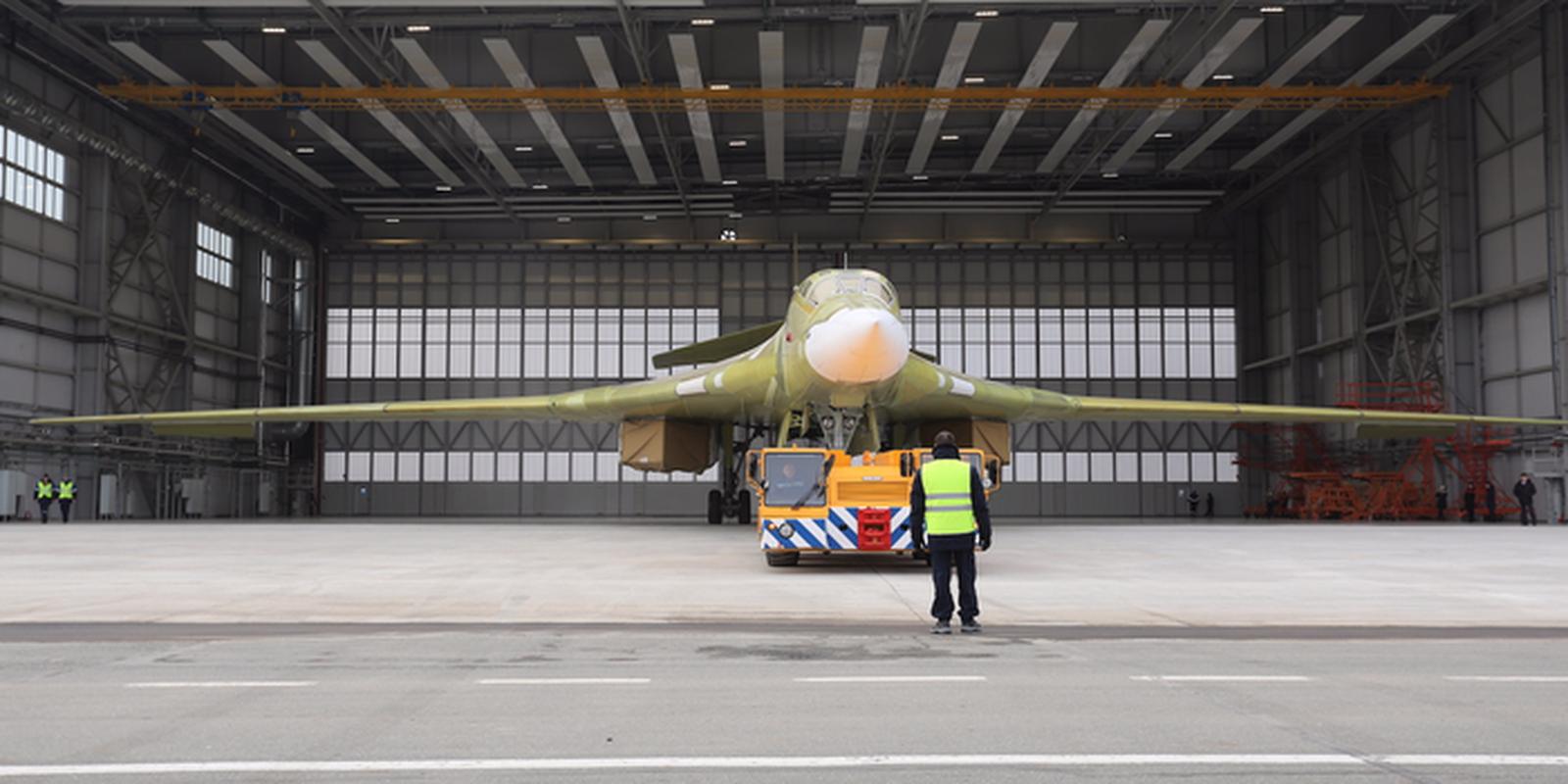 Nhung no luc toi da de san xuat them oanh tac co Tu-160M2-Hinh-22