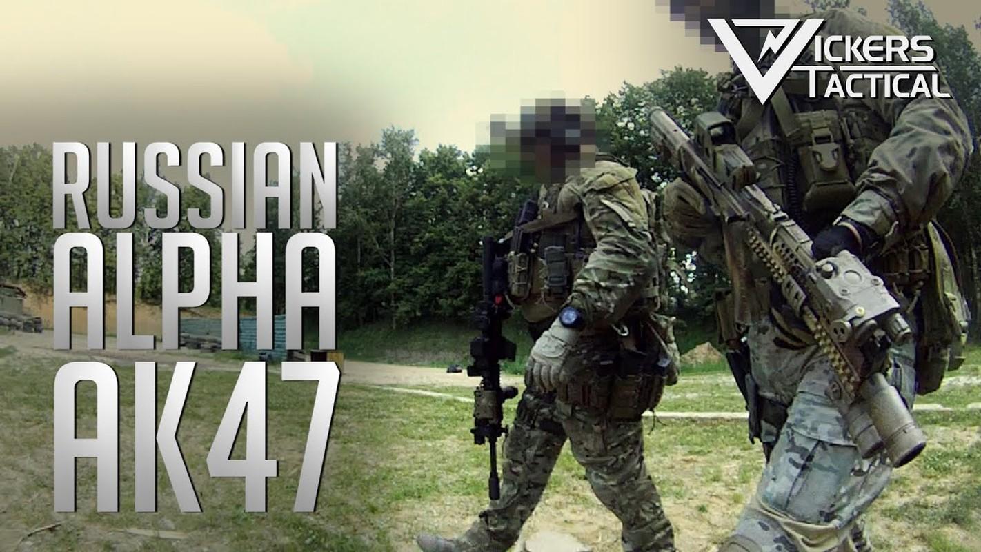 """Kiem tra khau AK """"Alfa FSB"""" duoc trang bi cho dac nhiem Alfa-Hinh-13"""