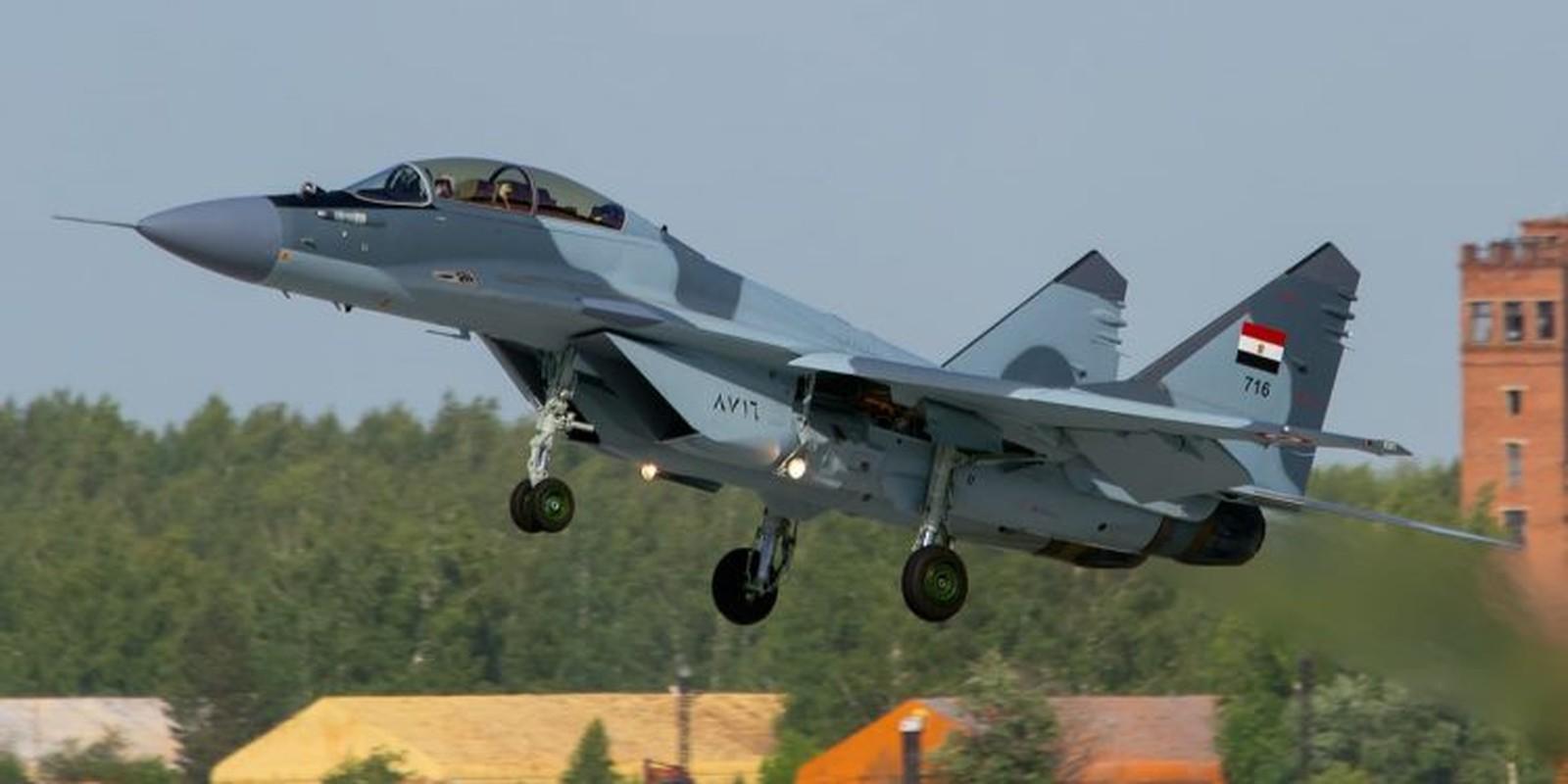 Vi sao Trung Quoc doi thai do, quay lung voi tiem kich Su-35 Nga?