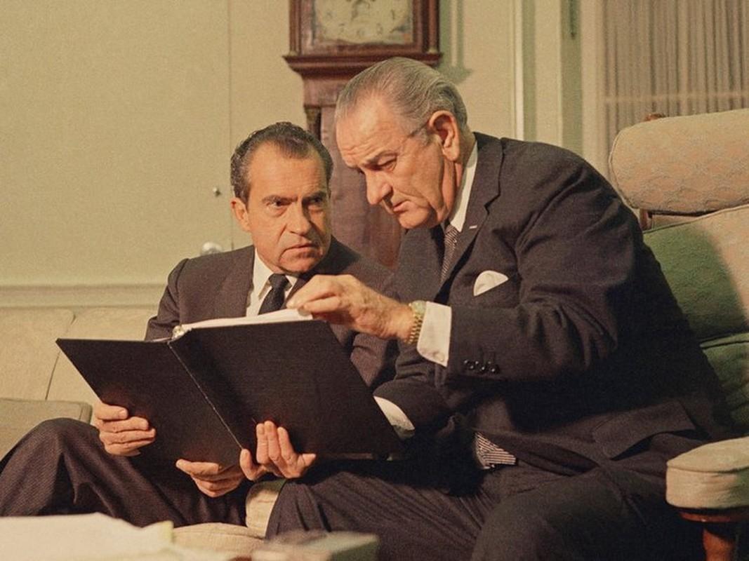 Trieu Tien tung ban ha trinh sat co My khien Nixon