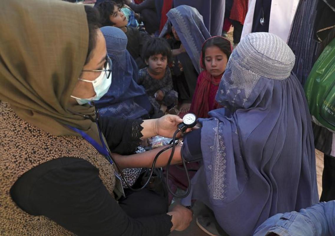 Afghanistan: Sung ong va bao luc tran lan khi Taliban nam quyen-Hinh-17