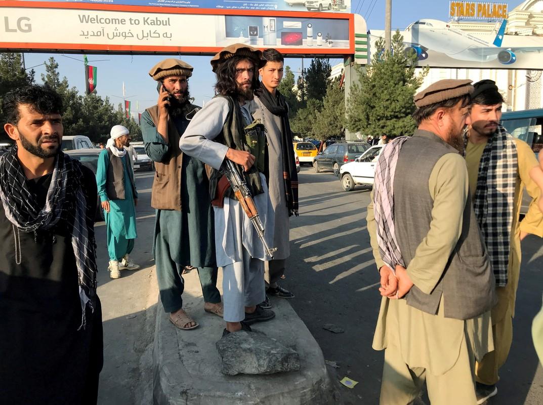 Afghanistan: Sung ong va bao luc tran lan khi Taliban nam quyen-Hinh-7