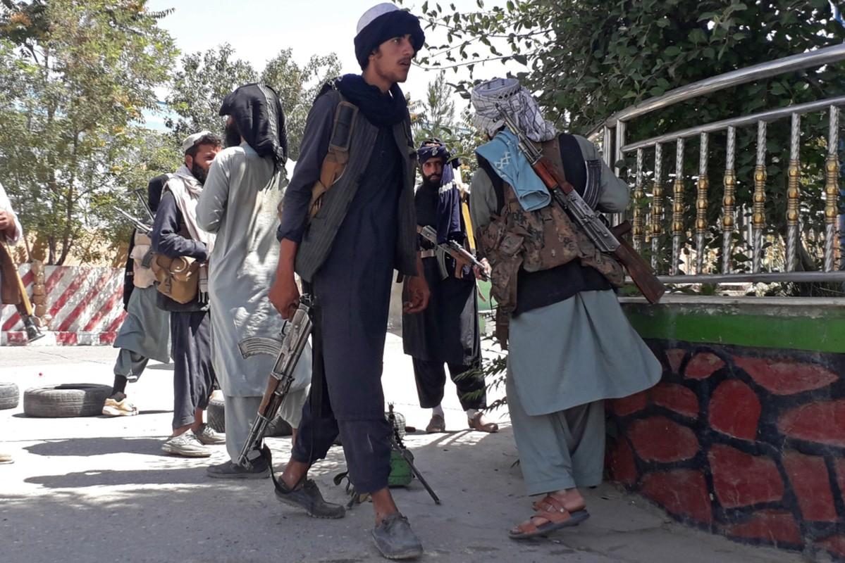 Afghanistan: Sung ong va bao luc tran lan khi Taliban nam quyen-Hinh-9