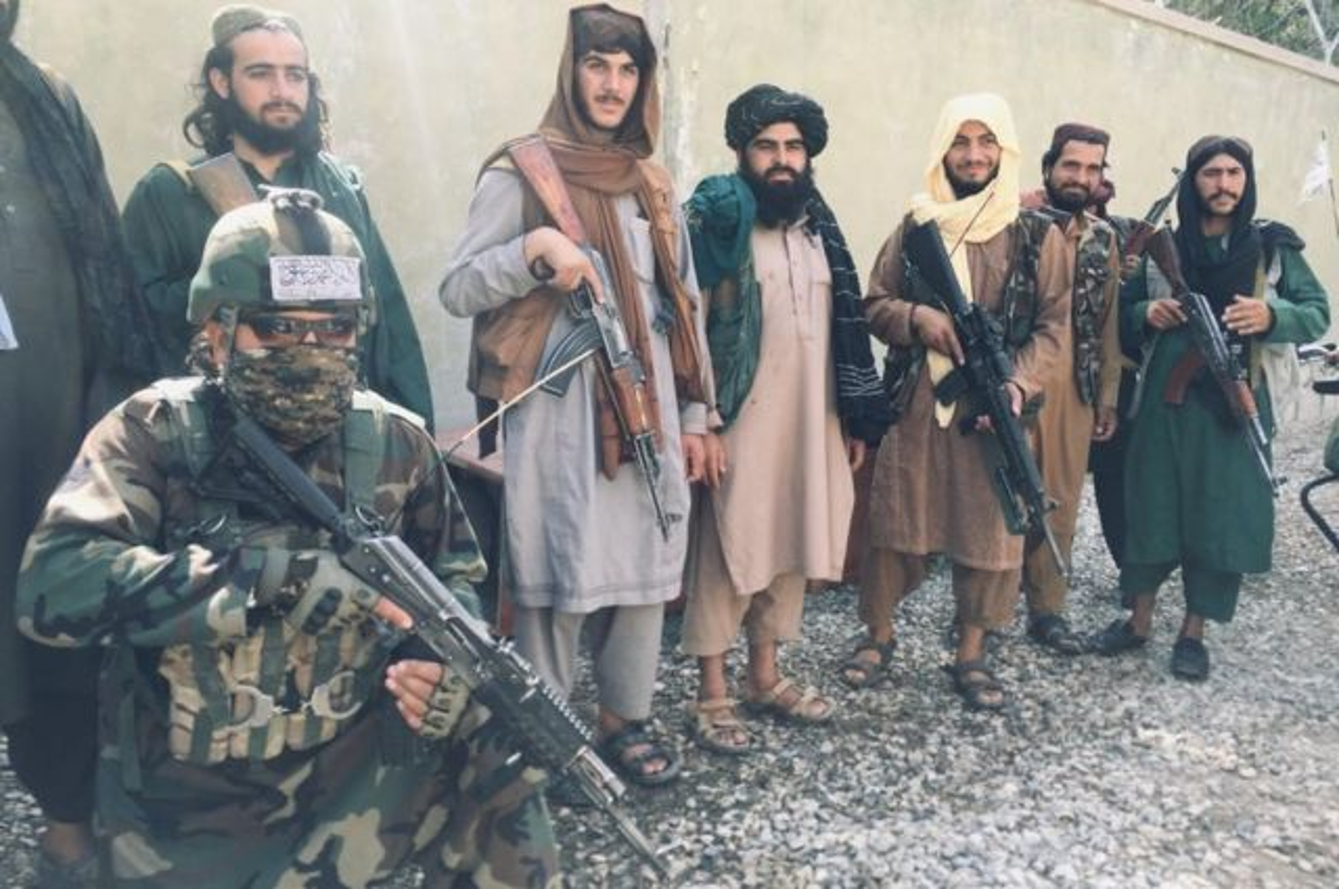 Man thanh trung cua cac tay sung Taliban tai Afghanistan bat dau-Hinh-7