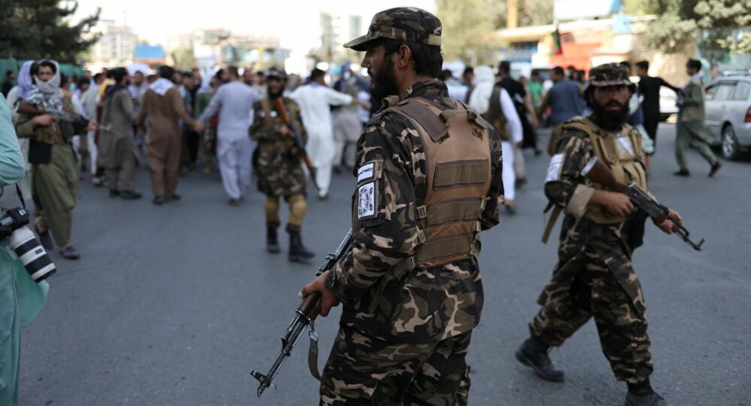 Vua nam quyen, Taliban phai doi mat voi ke thu truyen kiep ISIS-K-Hinh-2