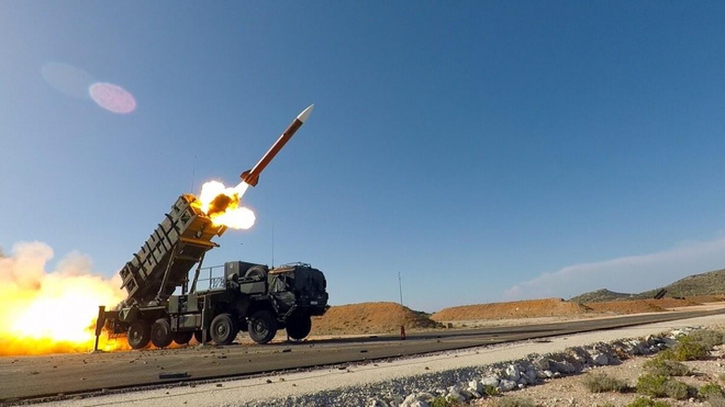 My roi Afghanistan khien Arab Saudi tu bo ten lua Patriot chuyen sang S-400-Hinh-18