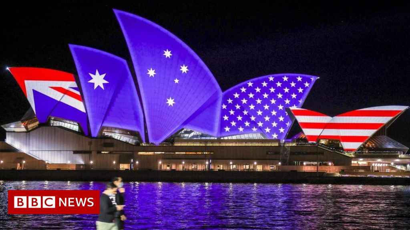 Ban tau ngam cho Australia, My san sang lam phat long chau Au-Hinh-15