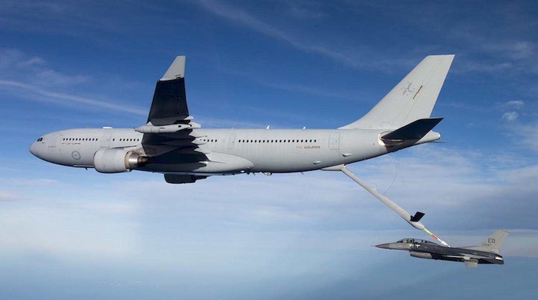 Cach Australia tan cong tam xa khi khong con tiem kich bom F-111-Hinh-12