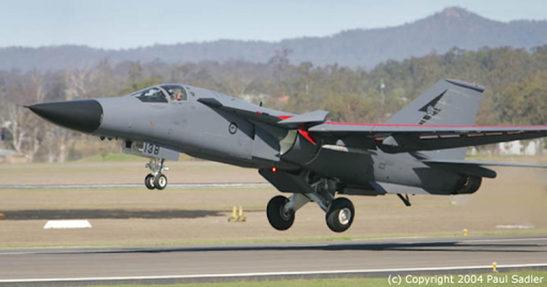 Cach Australia tan cong tam xa khi khong con tiem kich bom F-111-Hinh-19