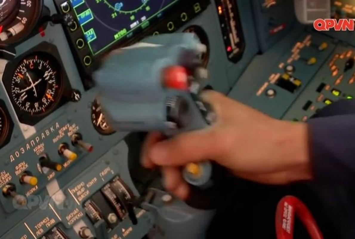 Su-30 Nga gia chi bang 1/3 Rafale Phap, An Do buoc phai nghi lai-Hinh-15