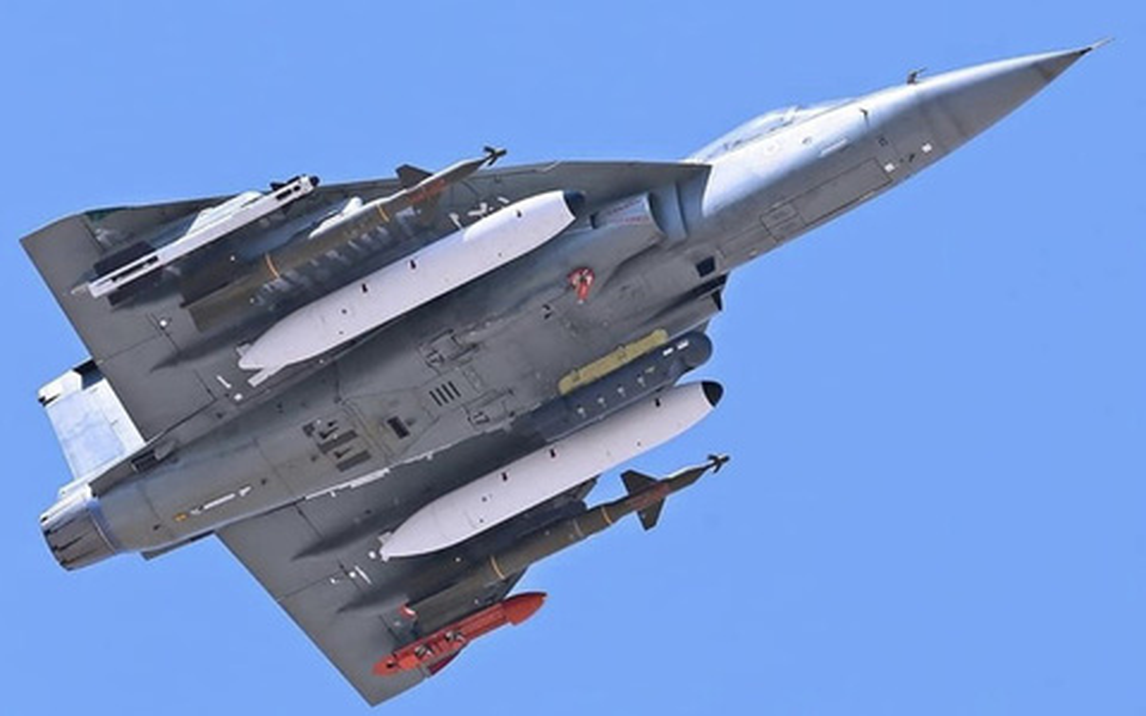 Su-30 Nga gia chi bang 1/3 Rafale Phap, An Do buoc phai nghi lai-Hinh-6