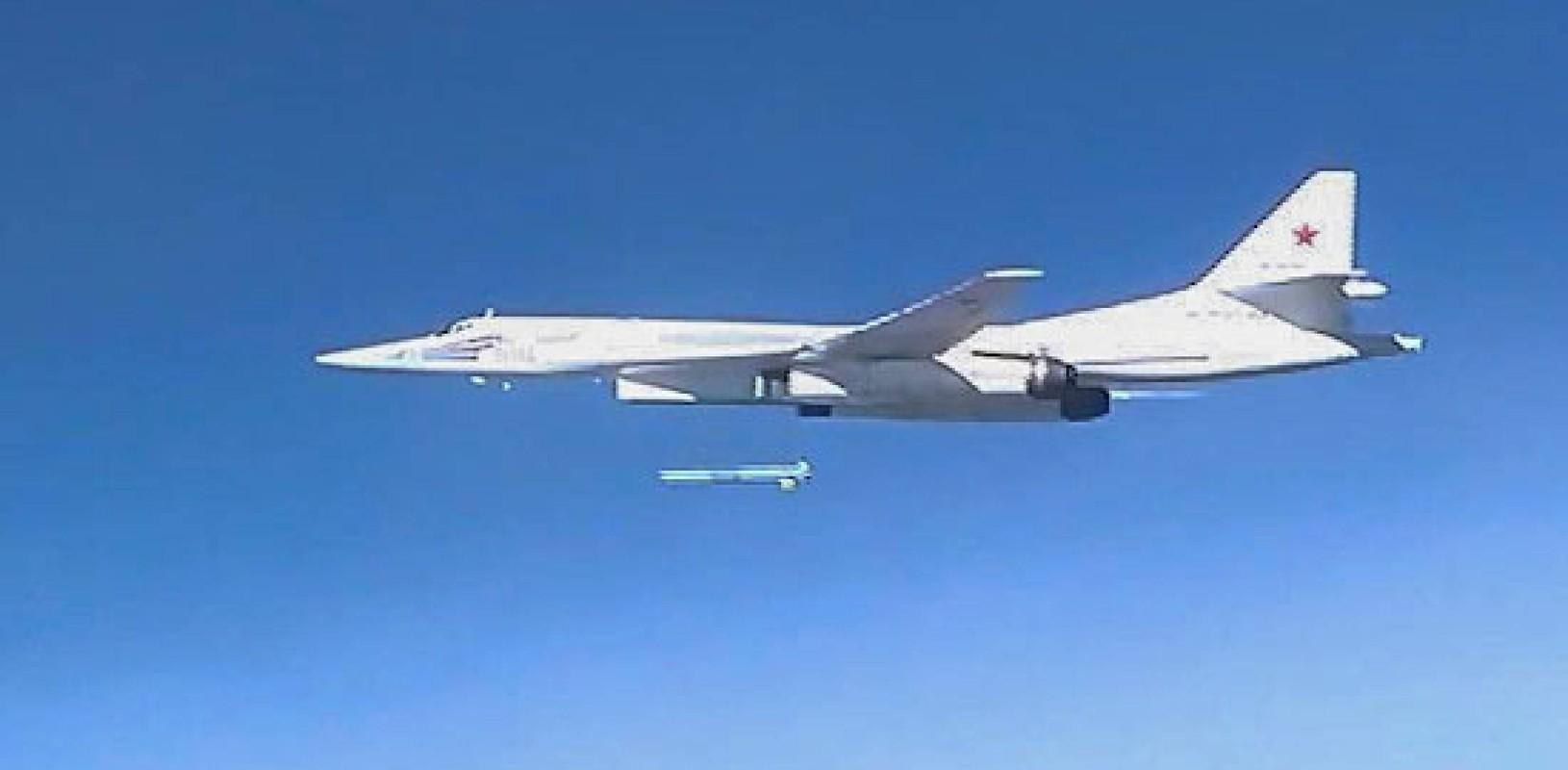 Trung Quoc om han khi thuong vu mua Tu-160 Ukraine bi My dap do-Hinh-5