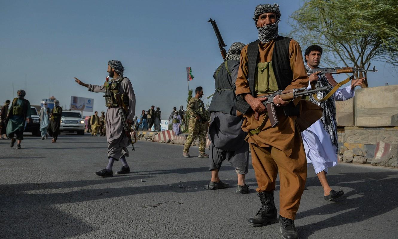 Gianh quyen kiem soat Afghanistan xong, Taliban tan cong ISIS-K-Hinh-14