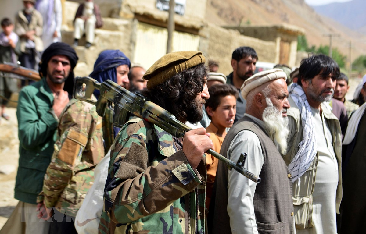 Gianh quyen kiem soat Afghanistan xong, Taliban tan cong ISIS-K-Hinh-9