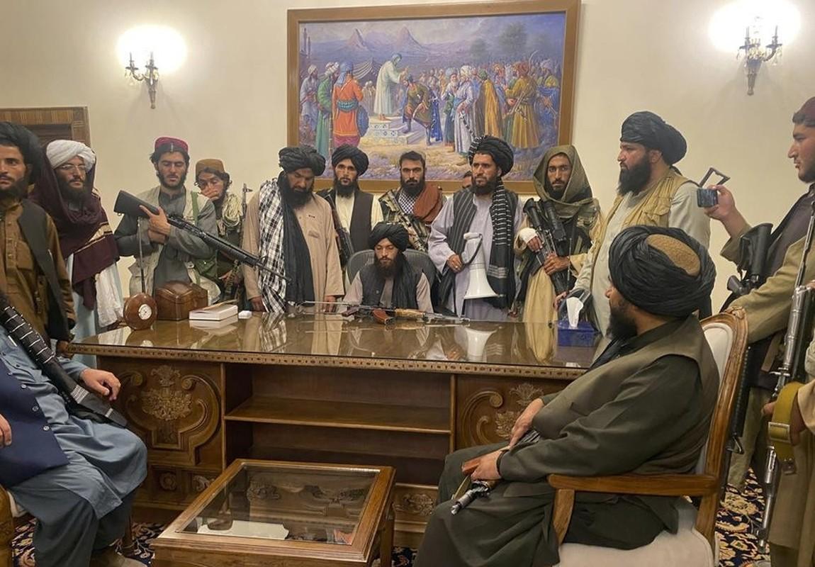Gianh quyen kiem soat Afghanistan xong, Taliban tan cong ISIS-K