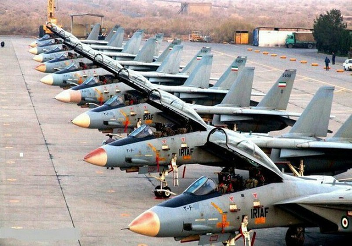 My va dong minh phat hoang khi F-14 Iran lot xac voi ten lua moi