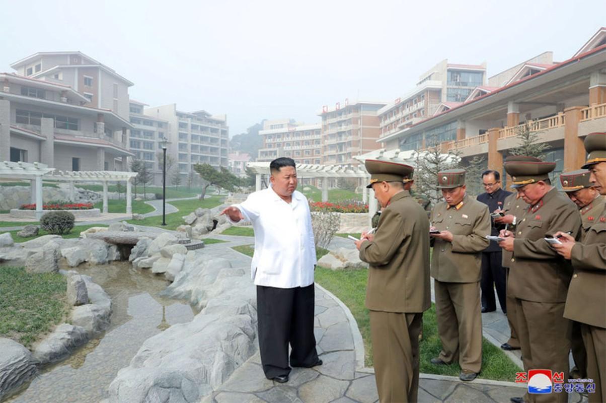 Anh hiem nhung chuyen thi sat cua nha lanh dao Trieu Tien Kim Jong-un-Hinh-3