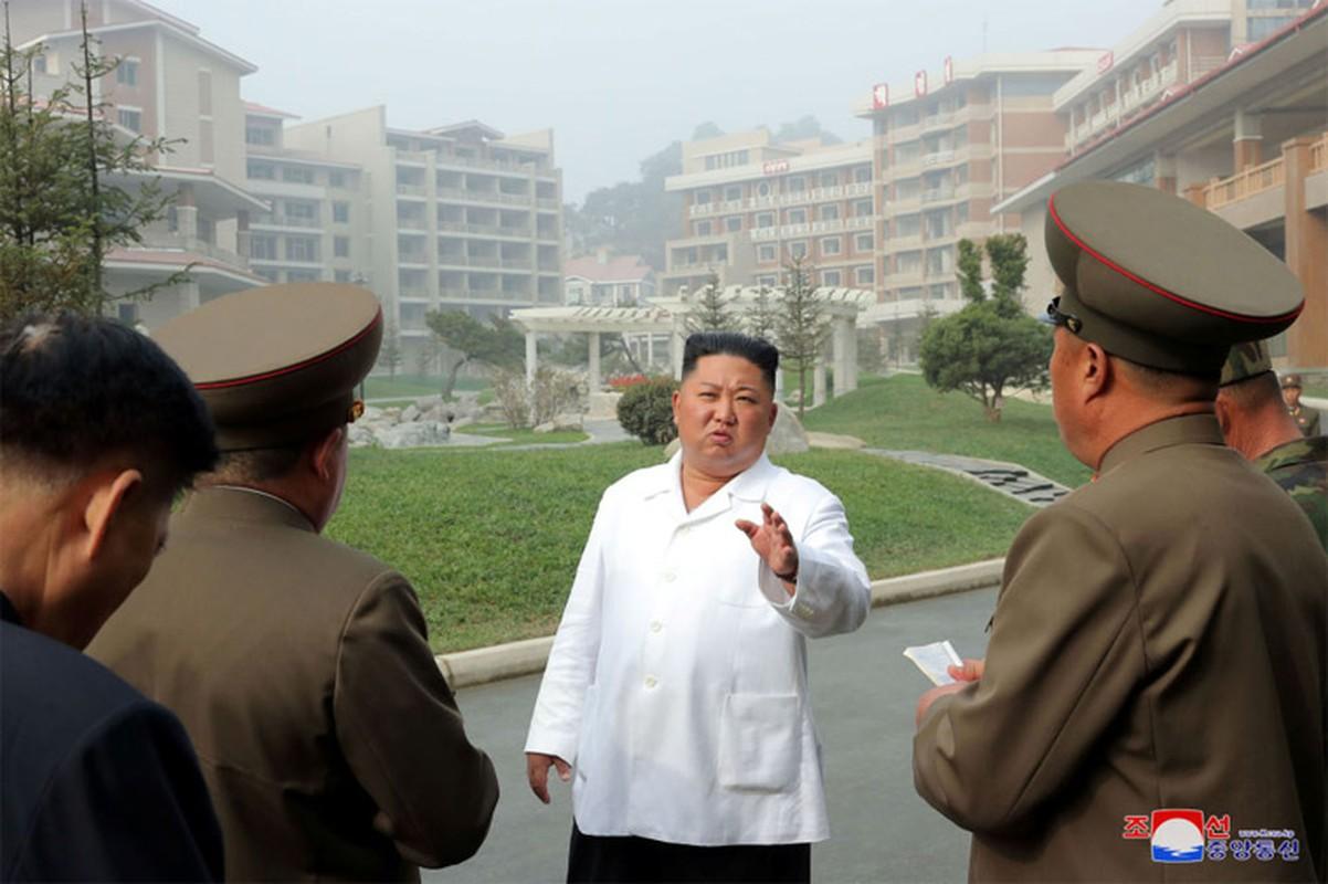 Anh hiem nhung chuyen thi sat cua nha lanh dao Trieu Tien Kim Jong-un-Hinh-5