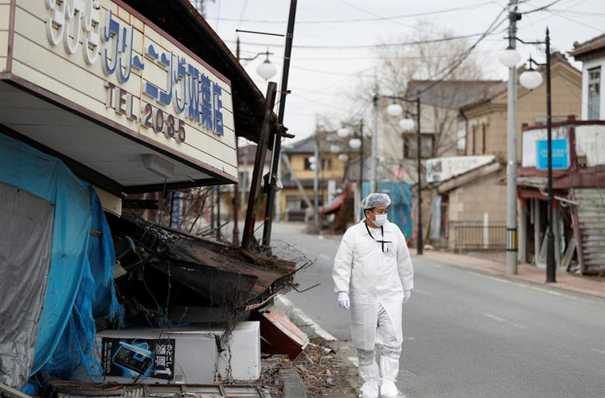 Can canh Fukushima 9 nam sau tham hoa dong dat, song than