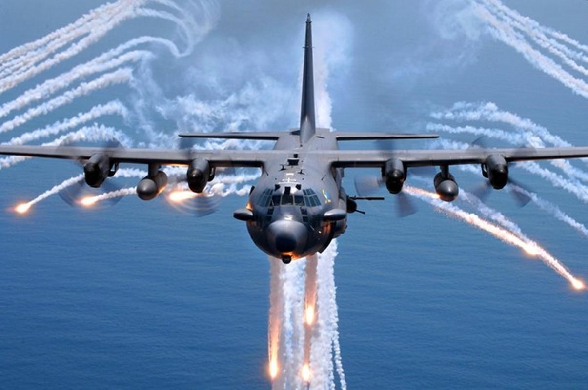 Anh huyen thoai van tai co C-130: 60 nam ben bi-Hinh-12