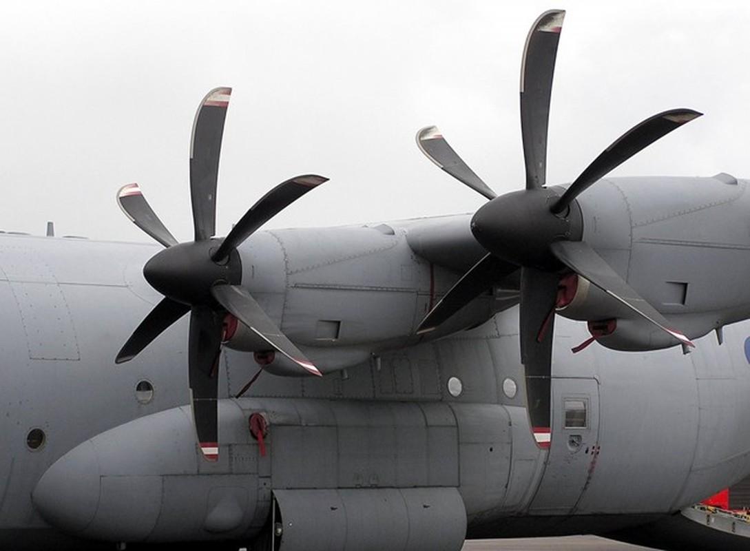 Anh huyen thoai van tai co C-130: 60 nam ben bi-Hinh-6