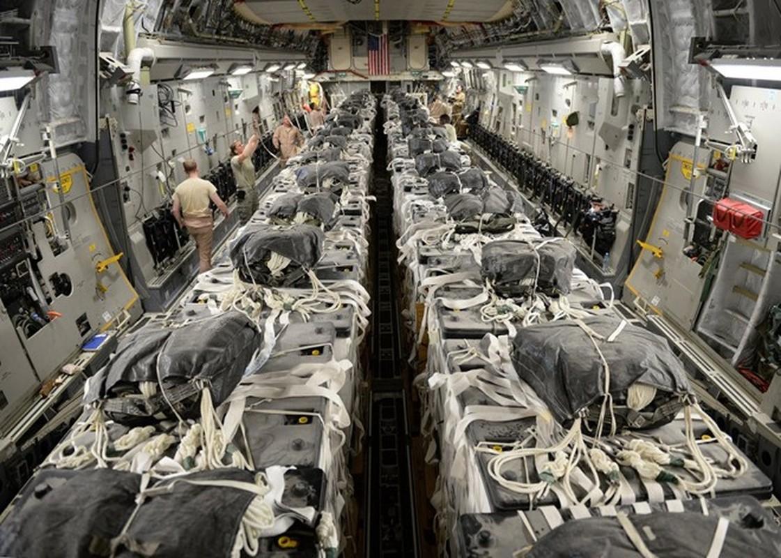 Anh huyen thoai van tai co C-130: 60 nam ben bi-Hinh-8