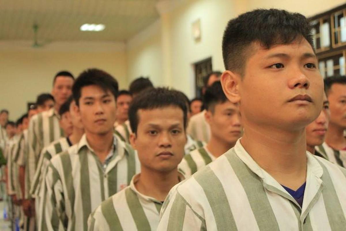 Pho Thu tuong Nguyen Xuan Phuc trao quyet dinh dac xa dip 2/9-Hinh-2