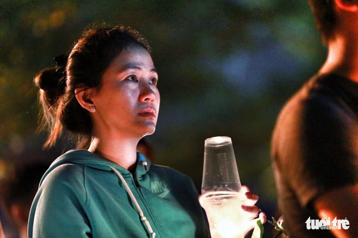 Anh: Cau nguyen cho cac nan nhan vu chay chung cu Carina-Hinh-11