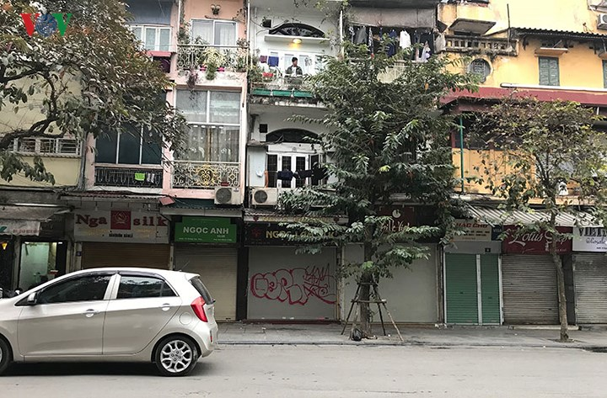 "Pho co Ha Noi ""xau xi"" vi nhung hinh ve Graffiti-Hinh-5"