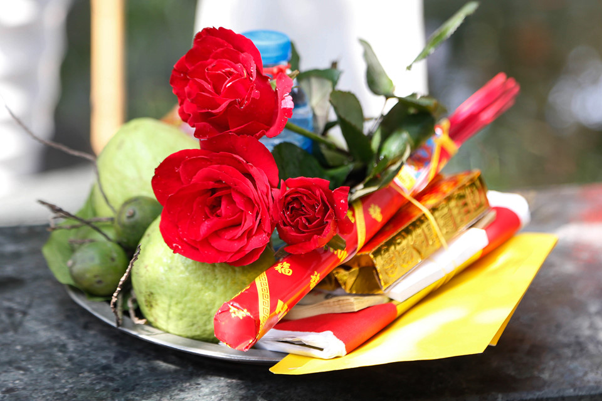 Nam thanh nu tu do ve chua Ha cau duyen nhan dip Valentine-Hinh-12