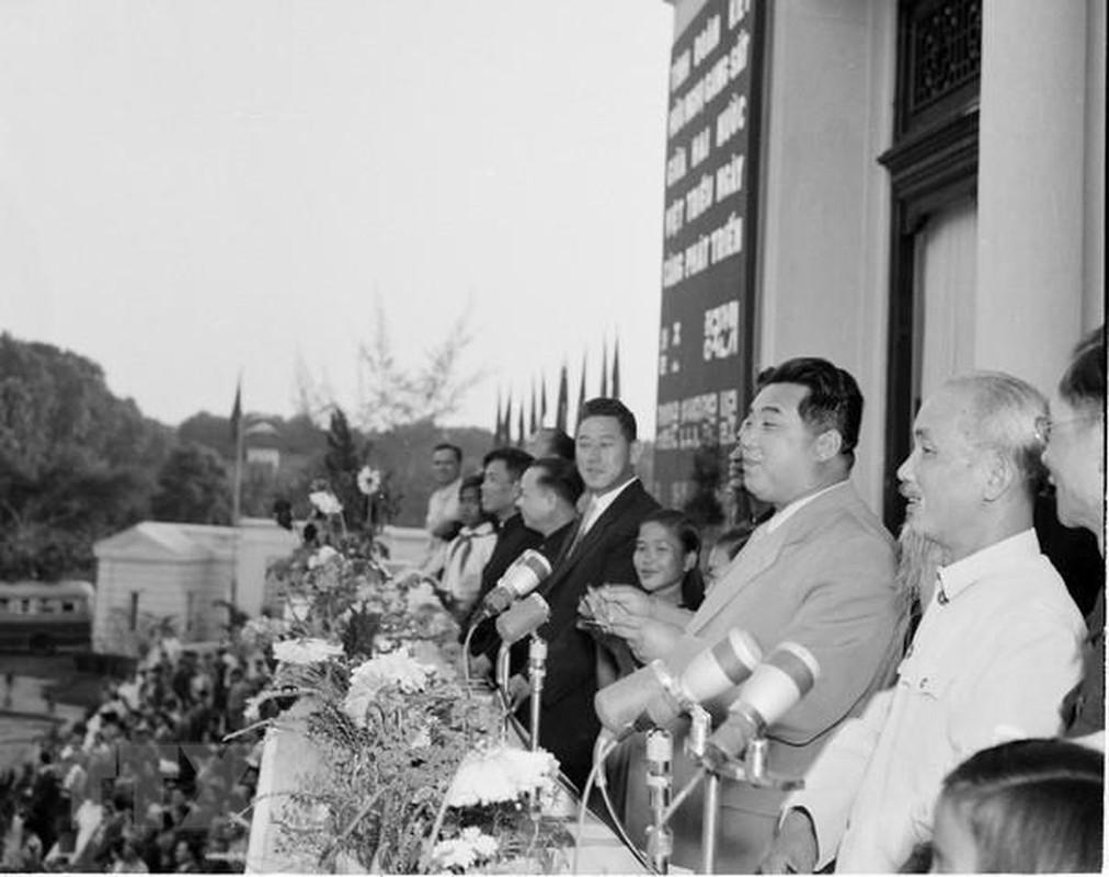 Hinh anh Thu tuong Kim Nhat Thanh tham huu nghi Viet Nam nam 1958-Hinh-4