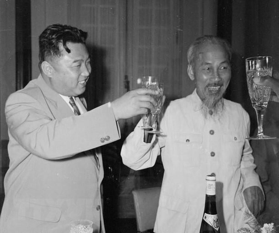 Hinh anh Thu tuong Kim Nhat Thanh tham huu nghi Viet Nam nam 1958-Hinh-6