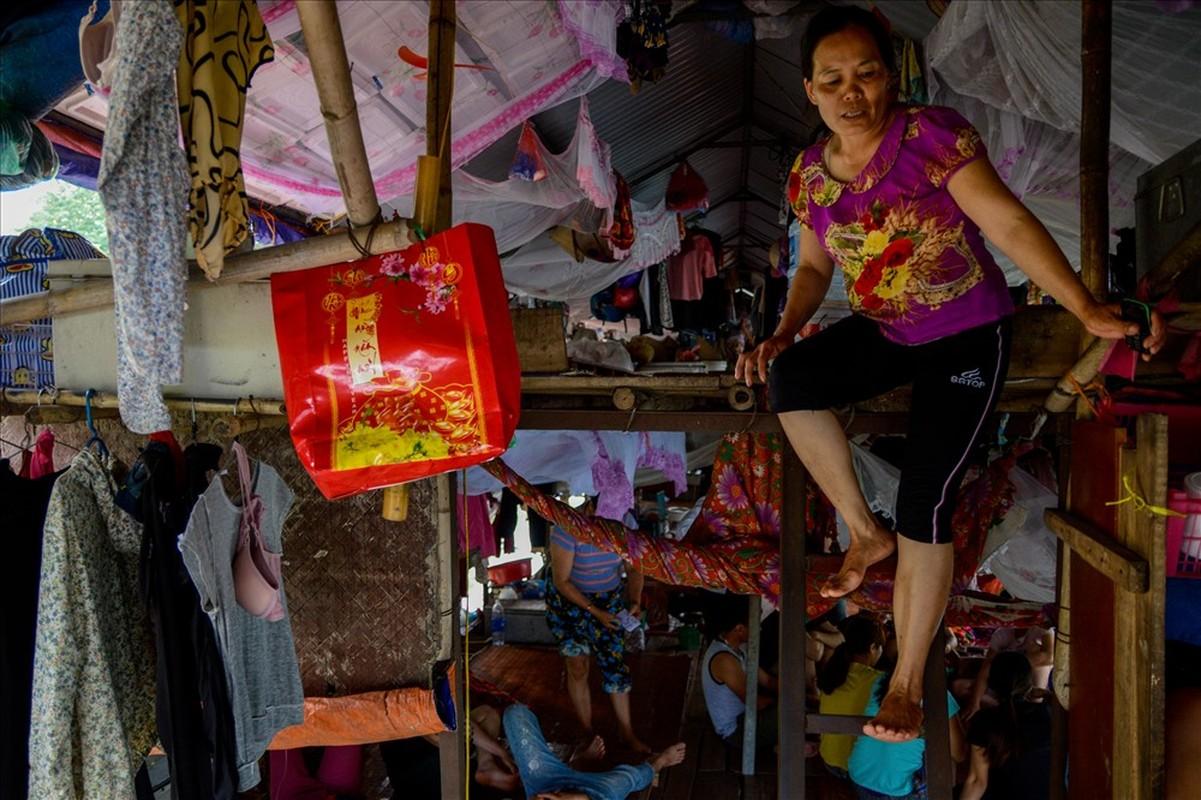 Cuoc song tren thuyen cua nguoi lao dong nhap cu tai Ha Noi-Hinh-3