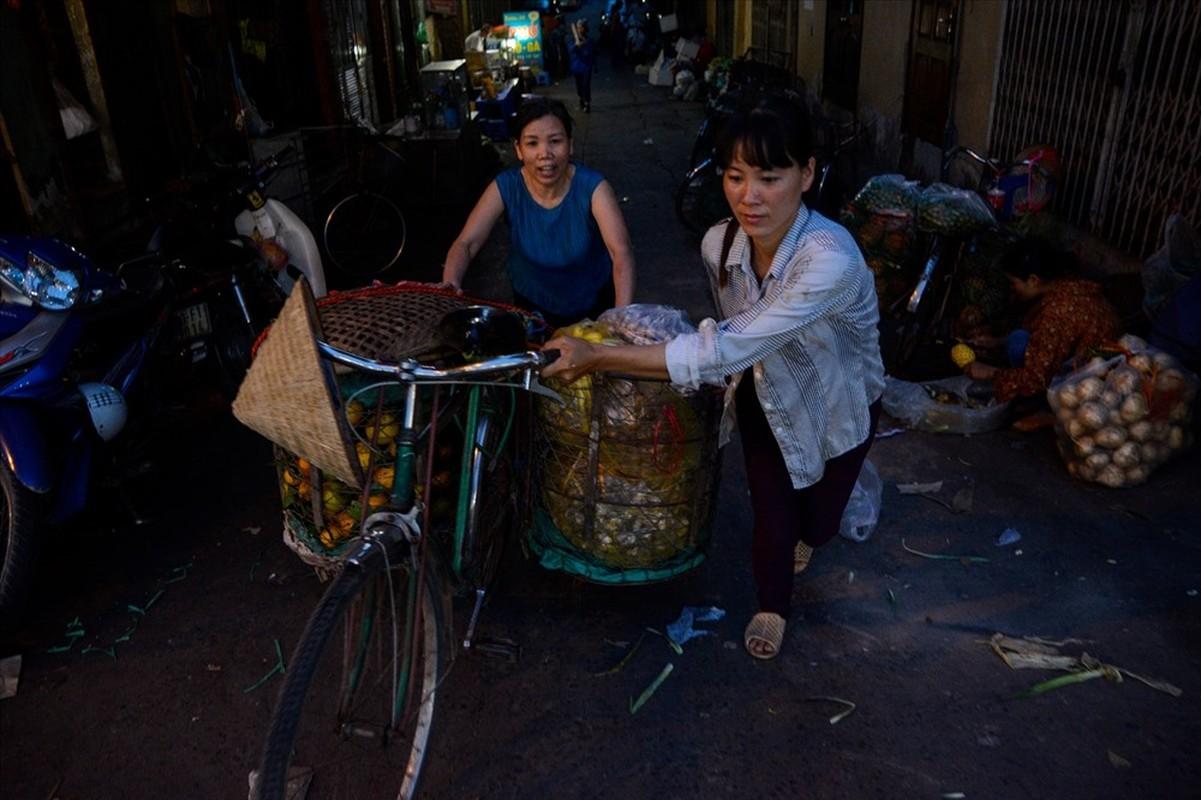 Cuoc song tren thuyen cua nguoi lao dong nhap cu tai Ha Noi-Hinh-7