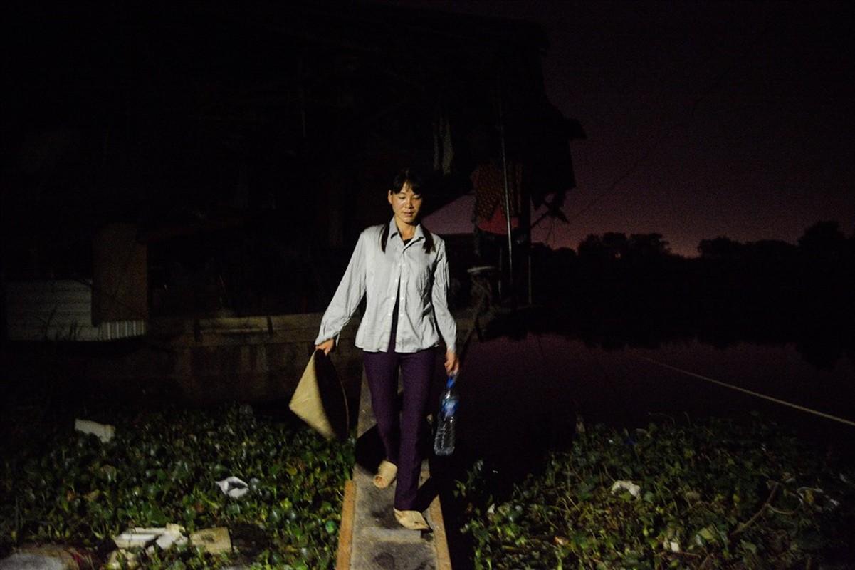 Cuoc song tren thuyen cua nguoi lao dong nhap cu tai Ha Noi-Hinh-8