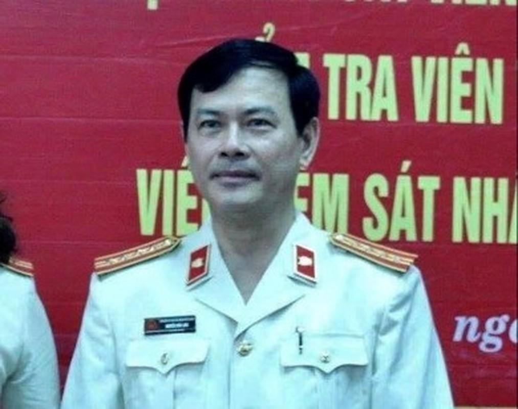 Toan canh vu Nguyen Huu Linh dam o be gai trong thang may-Hinh-4