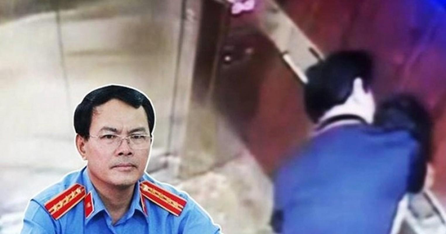 Toan canh vu Nguyen Huu Linh dam o be gai trong thang may-Hinh-7