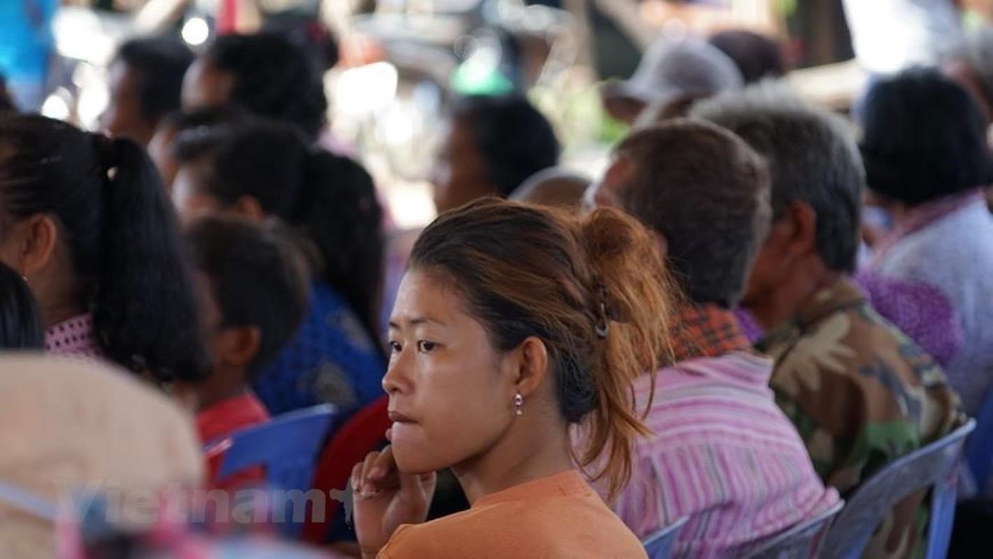 Cuoc song kho khan cua ba con goc Viet tai Bien Ho-Hinh-19
