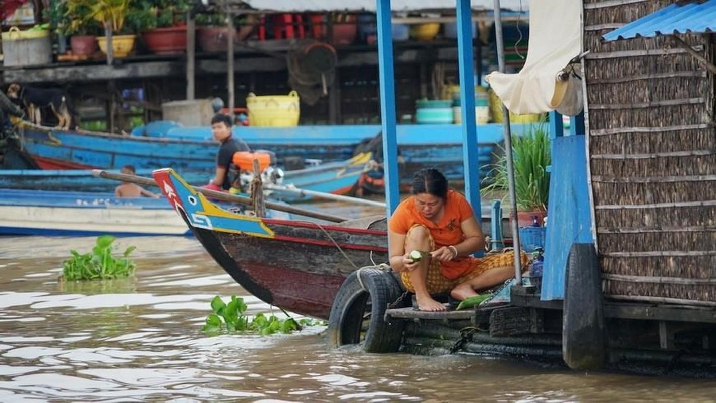 Cuoc song kho khan cua ba con goc Viet tai Bien Ho-Hinh-4