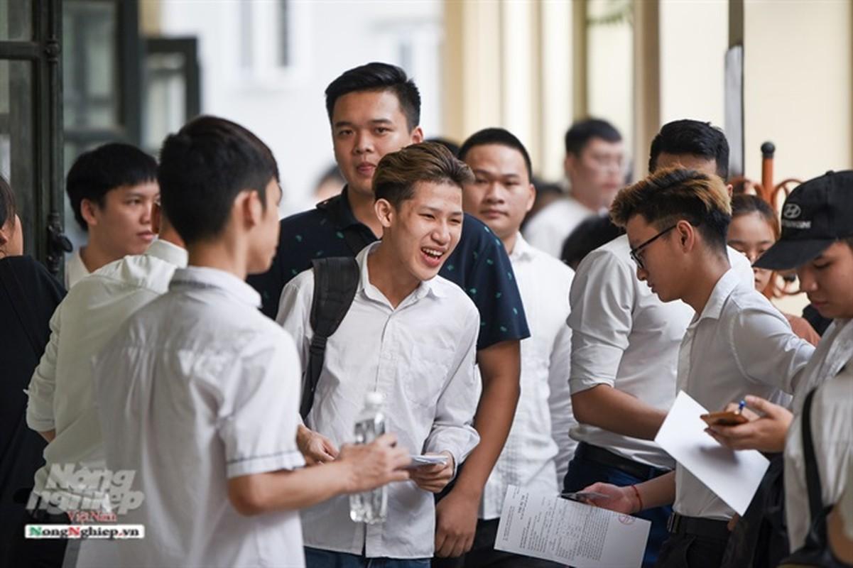 """""""50 sac thai"""" cua thi sinh ngay thi dau tien THPT 2019-Hinh-4"""