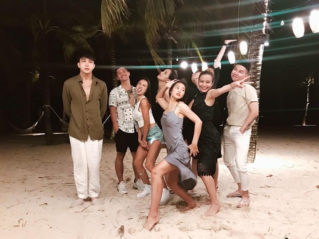 'Gap bung muon xiu' moi co body dep de khoe dang voi bikini, nhung Kha Ngan van bi ban 'dim hang'-Hinh-12