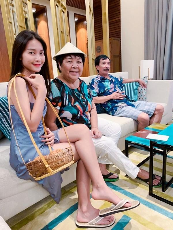 'Gap bung muon xiu' moi co body dep de khoe dang voi bikini, nhung Kha Ngan van bi ban 'dim hang'-Hinh-9