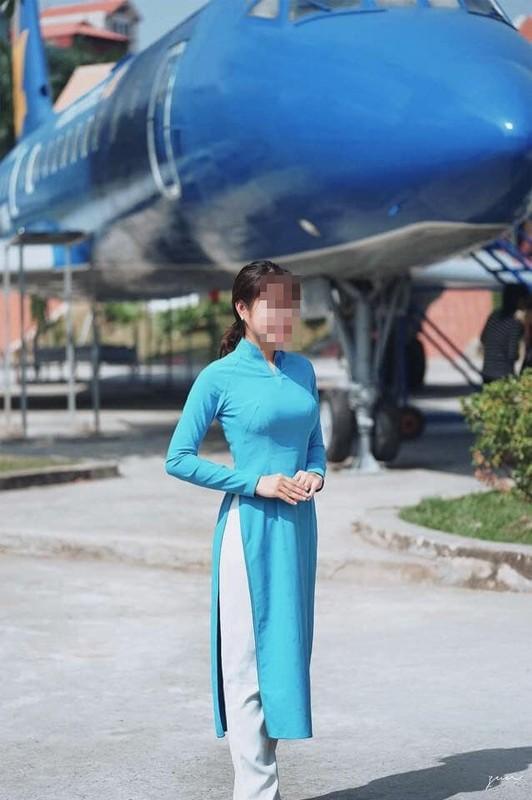 """Nu hanh khach nao loan san bay Tan Son Nhat: Trang ca nhan nguoi dang clip """"chet yeu""""-Hinh-8"""