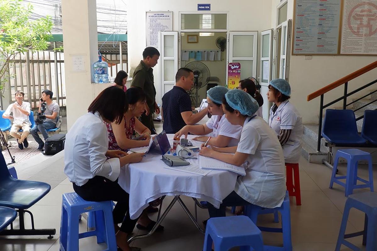 Dan do di kham sau thong tin ro ri thuy ngan vu chay Cong ty Rang Dong-Hinh-2