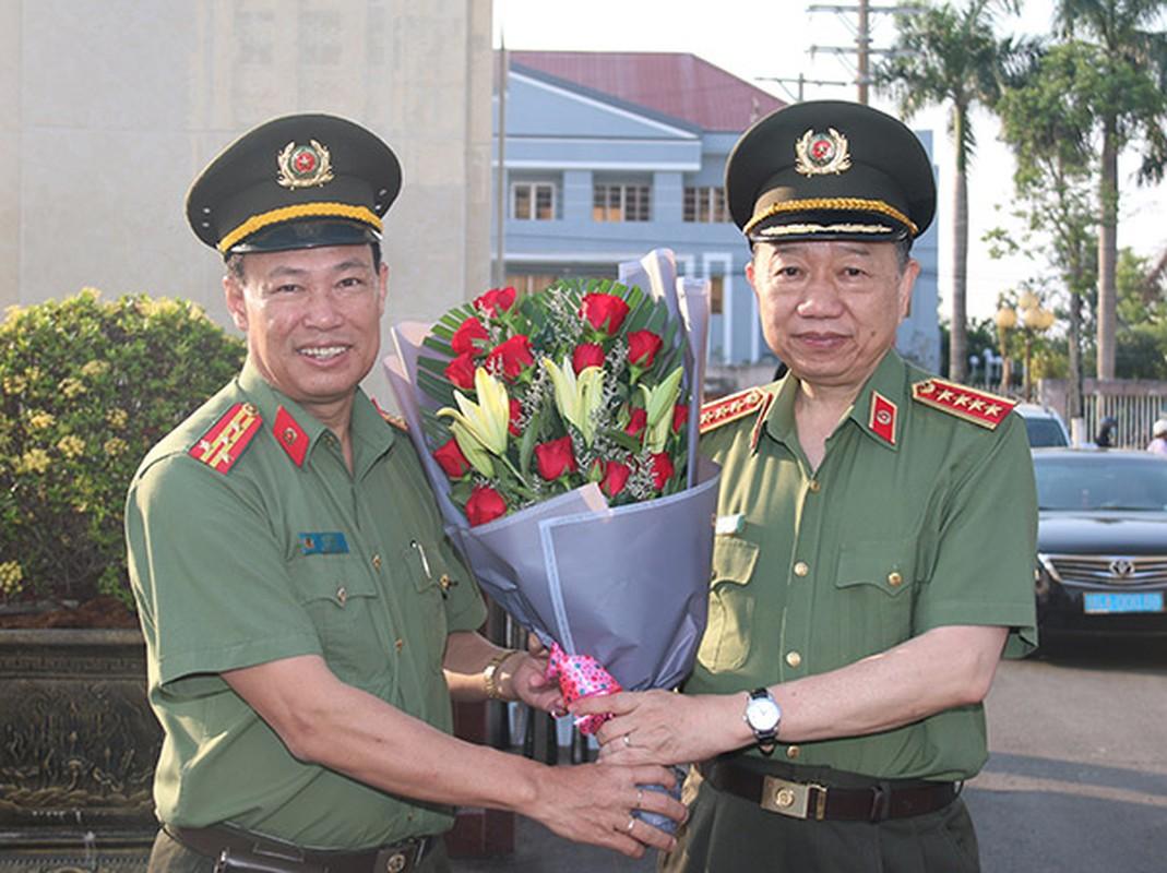Chan dung 2 thieu tuong tan Thu truong Bo Cong an-Hinh-10