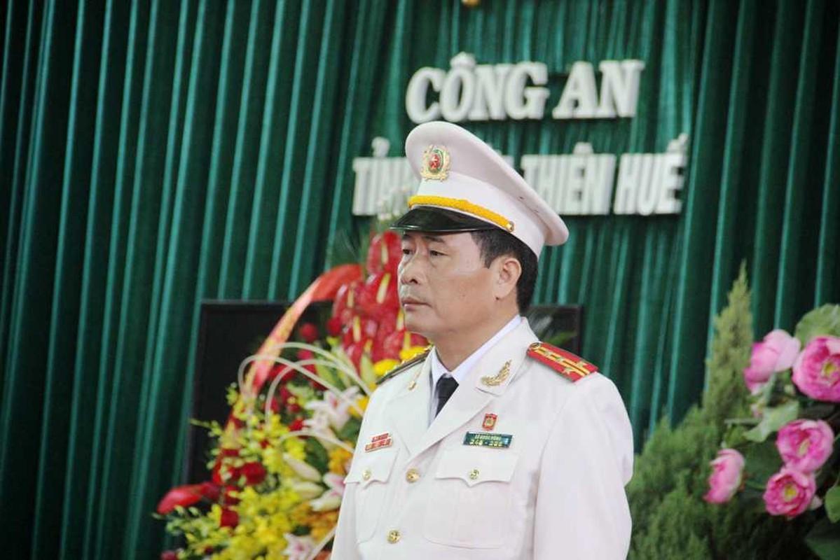 Chan dung 2 thieu tuong tan Thu truong Bo Cong an-Hinh-6