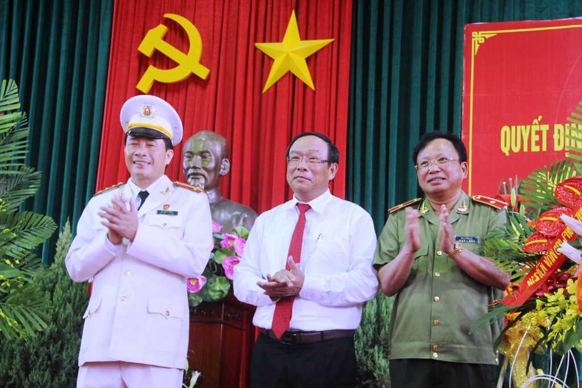 Chan dung 2 thieu tuong tan Thu truong Bo Cong an-Hinh-7