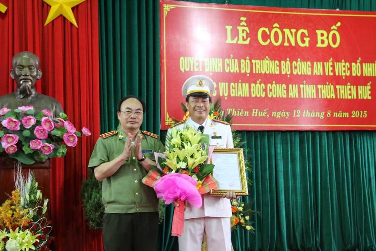Chan dung 2 thieu tuong tan Thu truong Bo Cong an-Hinh-8