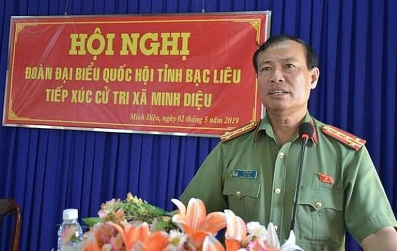 Chan dung 2 thieu tuong tan Thu truong Bo Cong an-Hinh-9